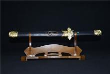 01717中国龙泉荷花短刀